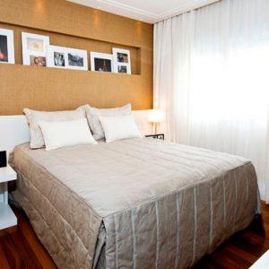 decoracao-quarto-casal-painel-palha-seda